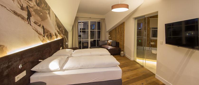 Hotel Heitzmann, Zell am See, Austria - Panorama suite interior.jpg